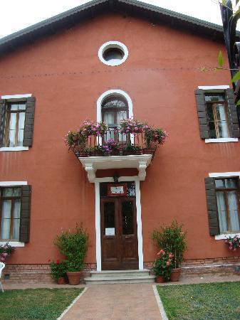 Villa Casanova: entrance of Casanova