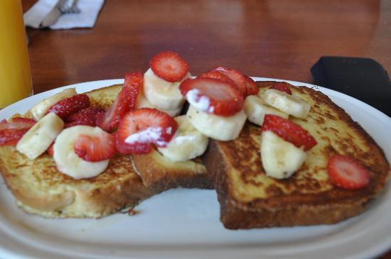Linda Jean's Restaurant: French Toast