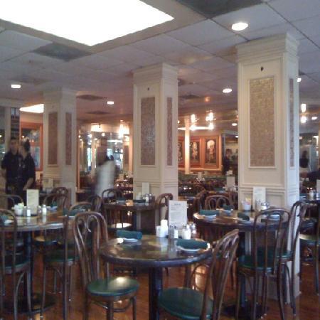 Franco & Vinny's, salle à manger
