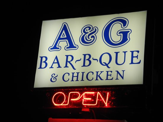 A & G Barbecue & Chicken : Lighted Sign