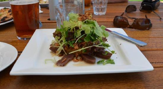 Eagle Bay Brewery: Kangaroo Salad