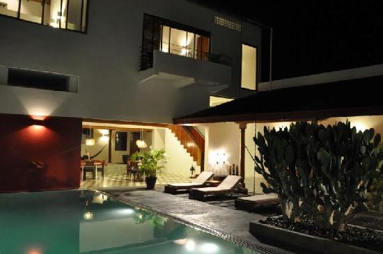 Los Patios Hotel : Balcony suite