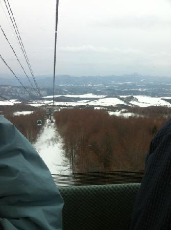 Palcall Tsumagoi Ski Resort : ゴンドラで最長4.5kmのロングラン!
