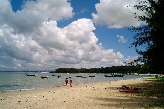 L'esprit de Naiyang Resort: Naiyang Beach