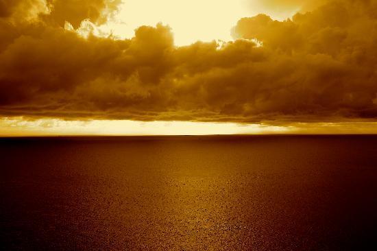 L'esprit de Naiyang Resort: Sun set