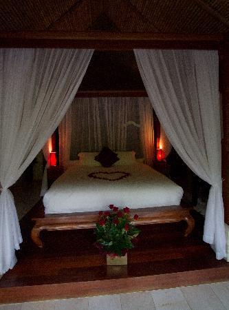 Balinese Retreat: Happy anniversary