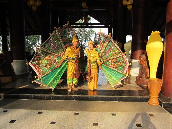 Aureum Palace Resort & Spa Inle : Warmly welcome!