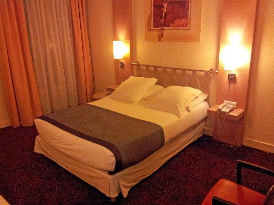 New Hotel Opera: Chambre triple