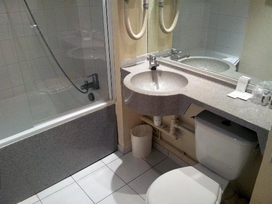 New Hotel Opera: Salle de bains