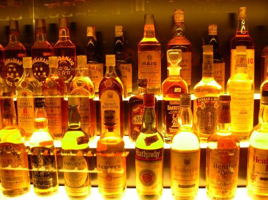 The Scotch Whisky Experience: Diageo Claive Vidiz collection
