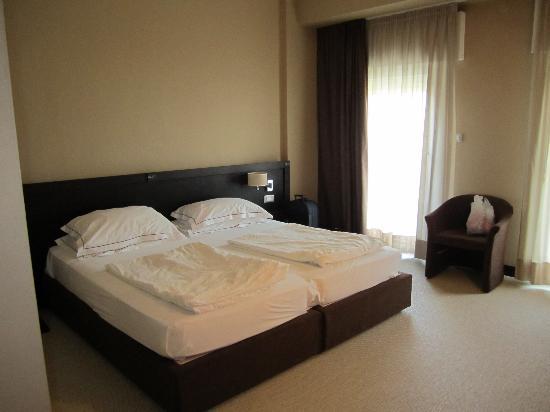 Hotel Petit Palais : Las camas muy comodas