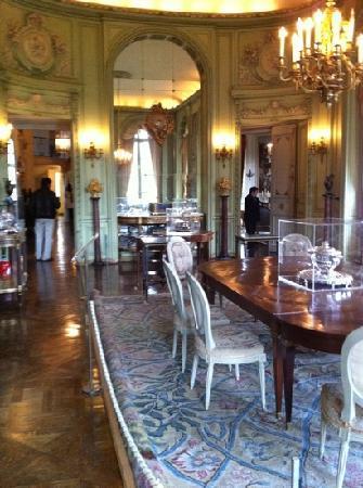 Musée Nissim de Camondo : dining room