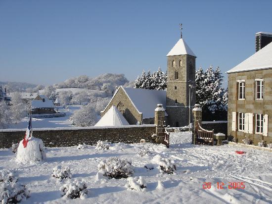 Saint Manvieu Bocage, France: Snowy day