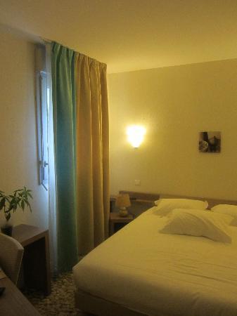 Brit Hotel Cancale - L'Alghotel : La chambre