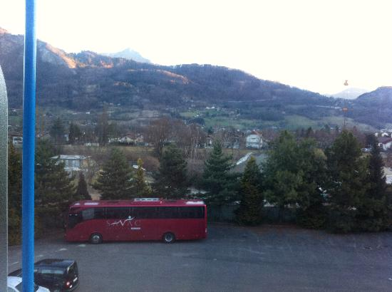 Inter Hotel du Faucigny : Uitzicht achterkant