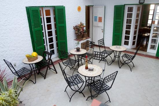 Lisetonga Hostel: 1 of 2 Patio Areas