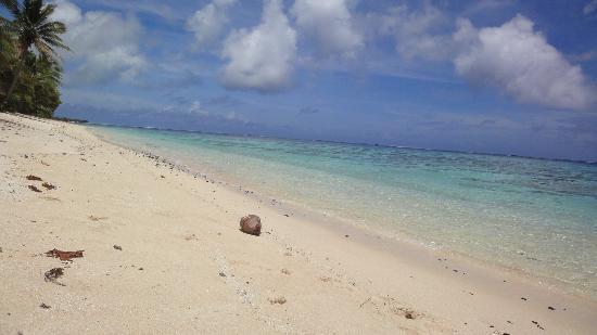 Vai Villas: Beach