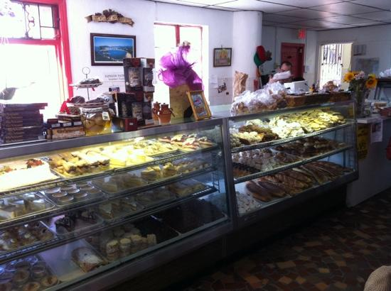 Napolean Bakery: Inside the cafe