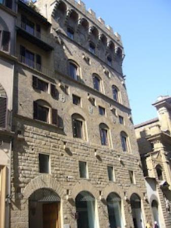 Antica Torre di Via Tornabuoni: Esterno dell'Hotel