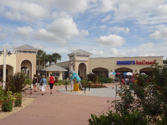 Ellenton Premium Outlets: there's always time for a good Ice Cream!