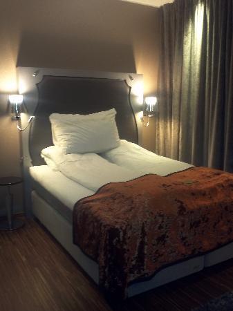 Clarion Hotel Ernst: Hotelrom!!