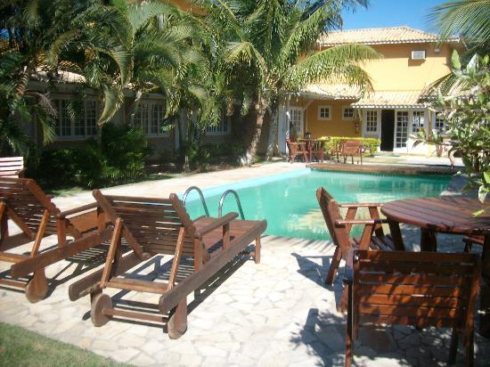 Hotel Pousada Luar de Búzios: patio y pileta