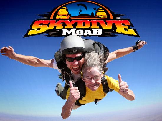 Skydive Moab