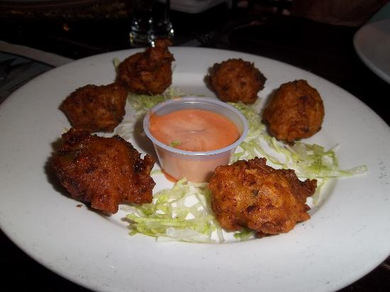 how to make conch fritters