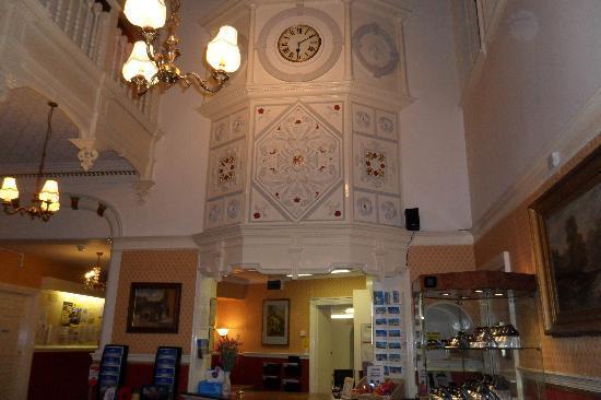 Hotel De Paris Cromer Website