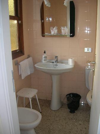 Hotel Tejuma: El baño