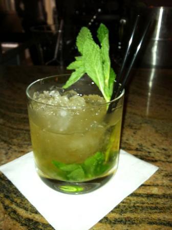 Rock and Rye Tavern: Gin Gin Mule