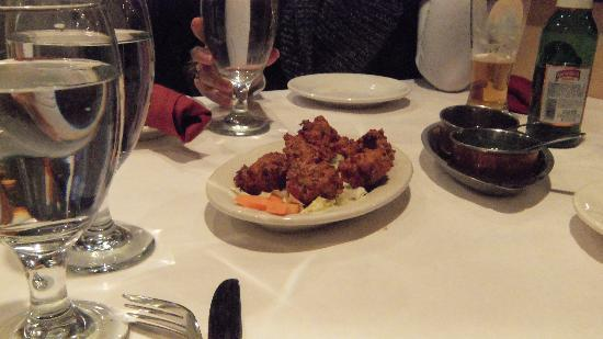 Himalayan Restaurant: Vegetable Pakora (fritters)