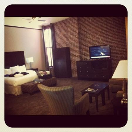 Homewood Suites by Hilton Indianapolis-Downtown: HUGE!!