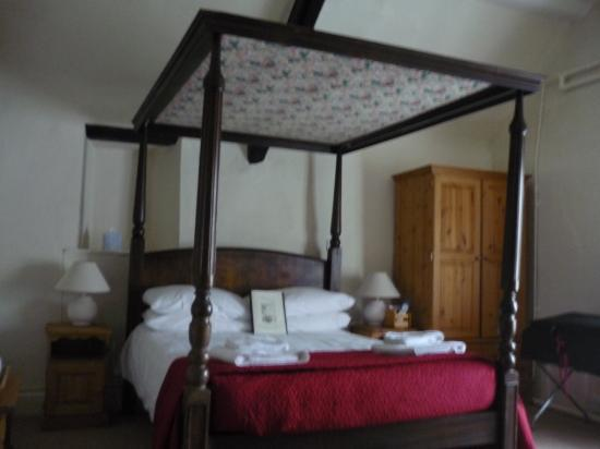 The Crown at Wells: great room