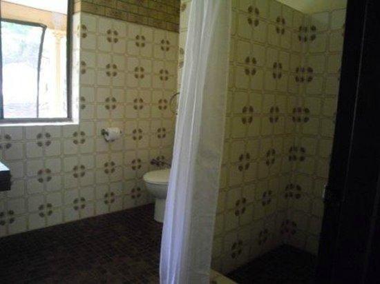 Coochiemudlo Island, Australia: shower/toilet
