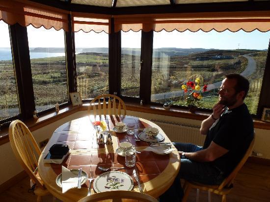 Sharvedda: Breakfast Room