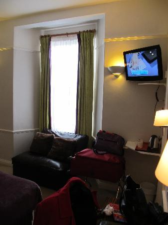 Harington's City Hotel: Large Twin Room