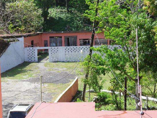 Casa Maria Hotel: Laundry area