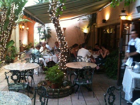 La Veranda: al fresco