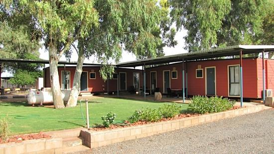 Curtin Springs Station: CURTIN SPRINGS ACCOMMODATION