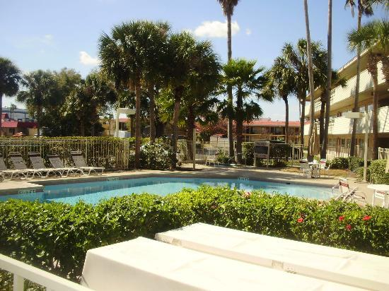 Red Roof Inn Kissimmee - Lake Buena Vista South : utiliser pour montage panoramique 1