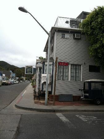 Seacrest Inn : The Outside of the Hotel