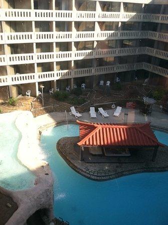 Chattanooga Choo Choo : one of three pools...nicest of the three.