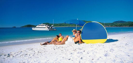 Fantasea Adventure Cruising Reefworld: Whitehaven Beach