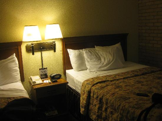 Drury Inn & Suites San Antonio Northeast: 2 bed suite