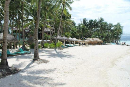 Boracay Terraces Resort: A beachfront resort