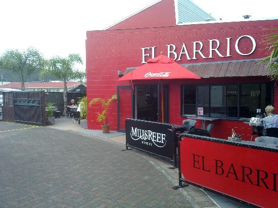 El Barrio: View down lane from beside Vibes