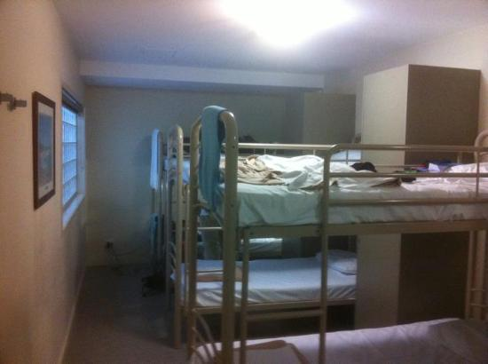 บริสเบนซิตี้วายเอชเอ: 6-Bed Room