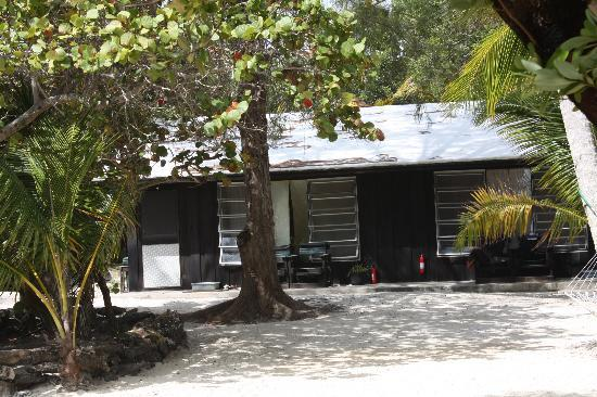 Small Hope Bay Lodge: Our cabin..........#4