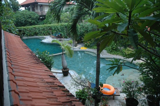 Kusnadi Hotel: Beautiful Pool